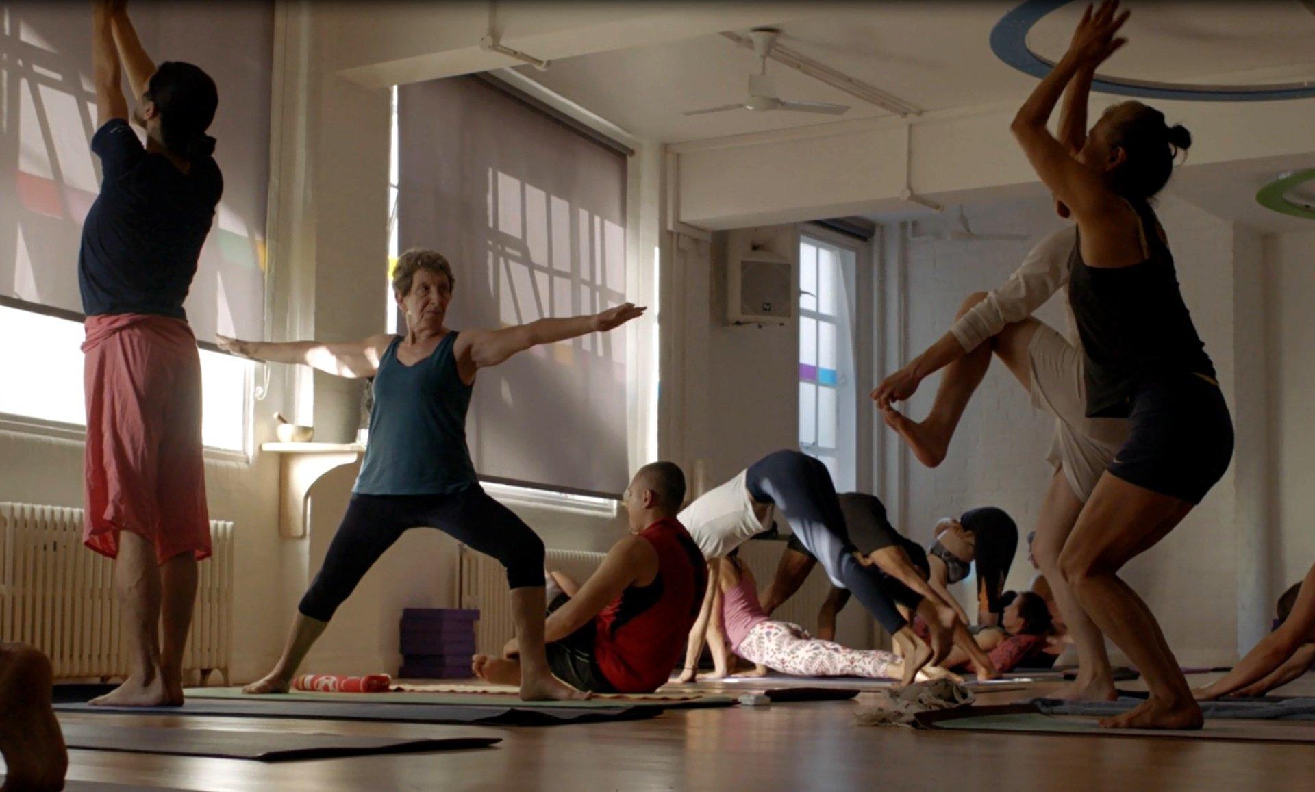 Mysore Style Ashtanga Yoga A Practice For Beginners Yoga Triyoga